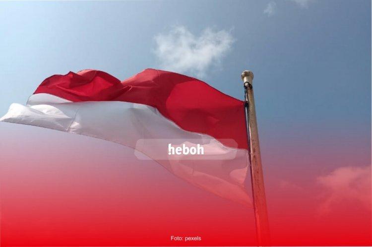 Fakta Menarik Dibalik Bendera Merah Putih Buatan Fatmawati