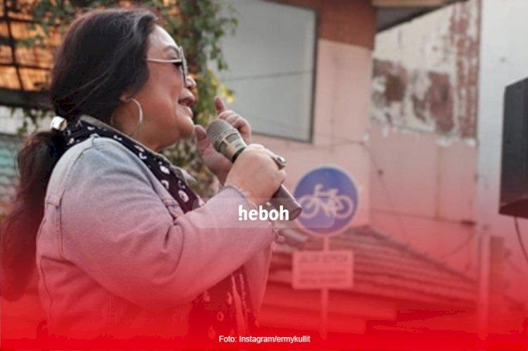 Penyanyi Jazz Terbaik Indonesia, Ermy Kullit Banting Stir Jualan Makanan Manado Karena Pandemi