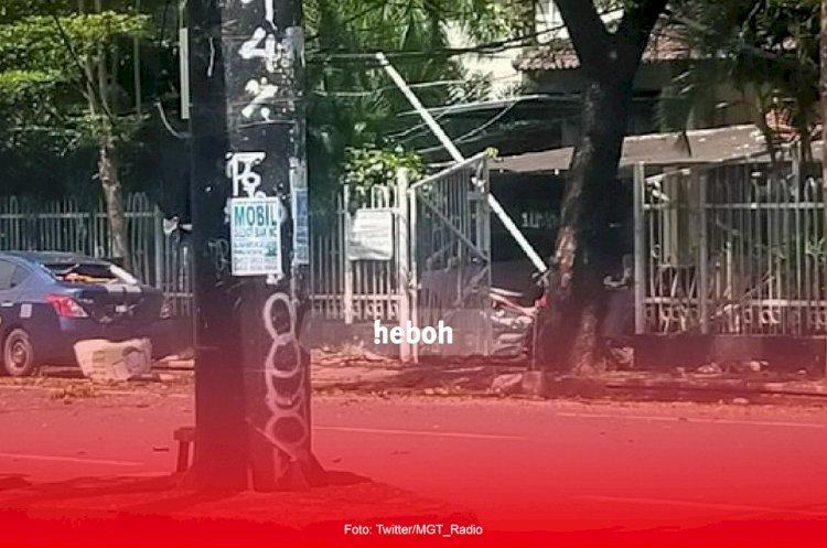 Bom Bunuh Diri Di Gereja Katedral, Makassar Melukai 14 Orang